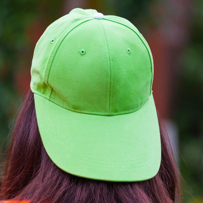 gorra verde fluor